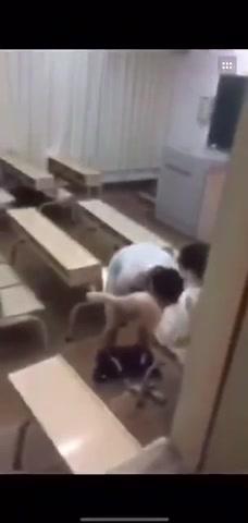 大学教室偷拍